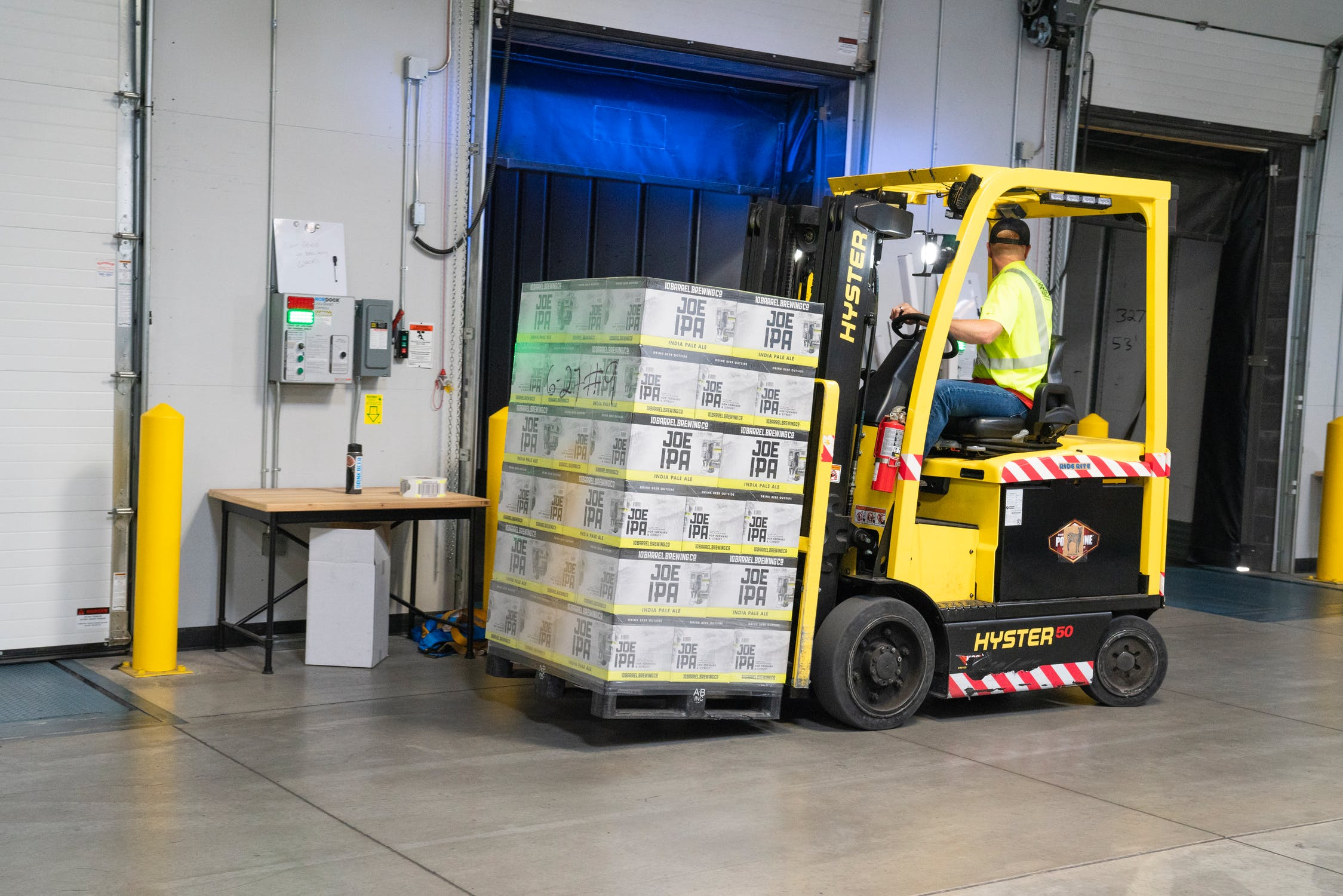 How AI is Driving the Development of Automated Guided Vehicles